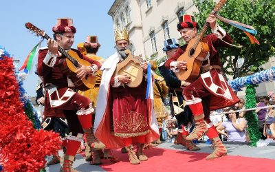Discover the wonderful Portuguese festivities and pilgrimages